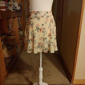 American Eagle. Flounce. Mini Skirt.